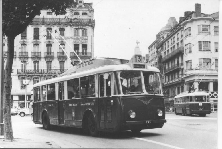 Les Trolleybus Vetra Vbbh De Toulon