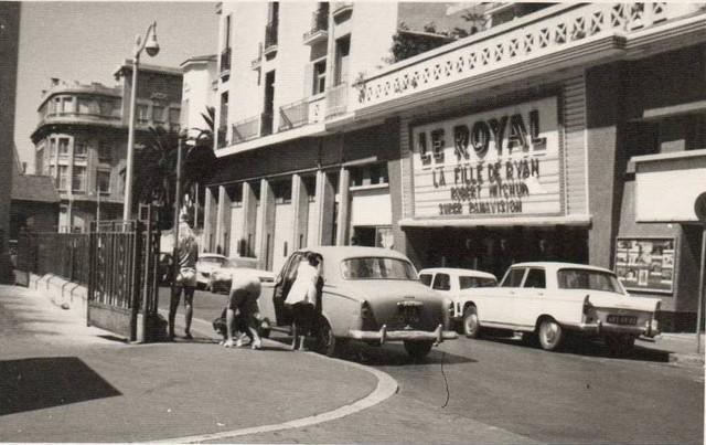 Les Cinemas De Toulon Annees 50 70